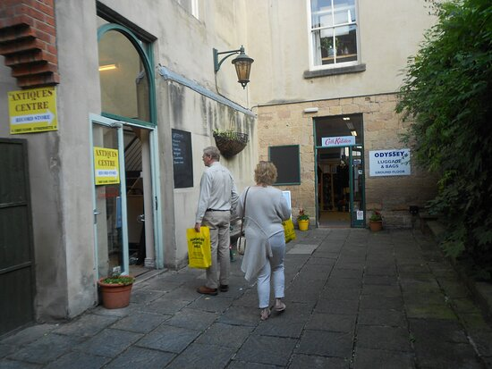 Antiques and Collectables Centre DeBradelei Mill - Belper