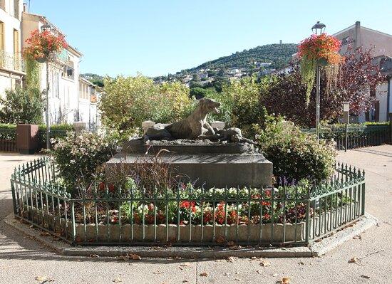 Sculpture Lévrier Et Lièvre