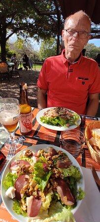 Rosnay, Francia: Sade du pêcheur  et salade magrets  de canard