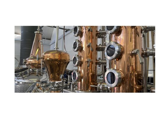 Kommetjie, South Africa: A fully equipped craft distillery with photogenic  copper pot-stills and fractional columns  capable of making almost any kind of spirit.  A fascinating distillery tour explains how our award-winning gins, rums and vodkas are made