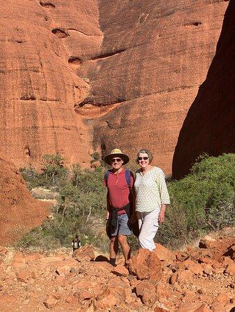 4-tägiger Campingausflug ab Ayers Rock einschließlich Uluru, Kata Tjuta und Kings Canyon: Kata Tjuta walk