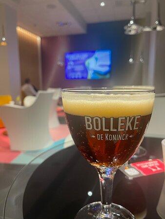 Immer ein gut gezapftes Bier in der Hotelbar