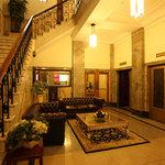 ULTIQA Rothbury Hotel
