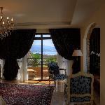 Ambassador Suite 201