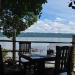Isn't it great to eat lunch with a brilliant scenery like this?