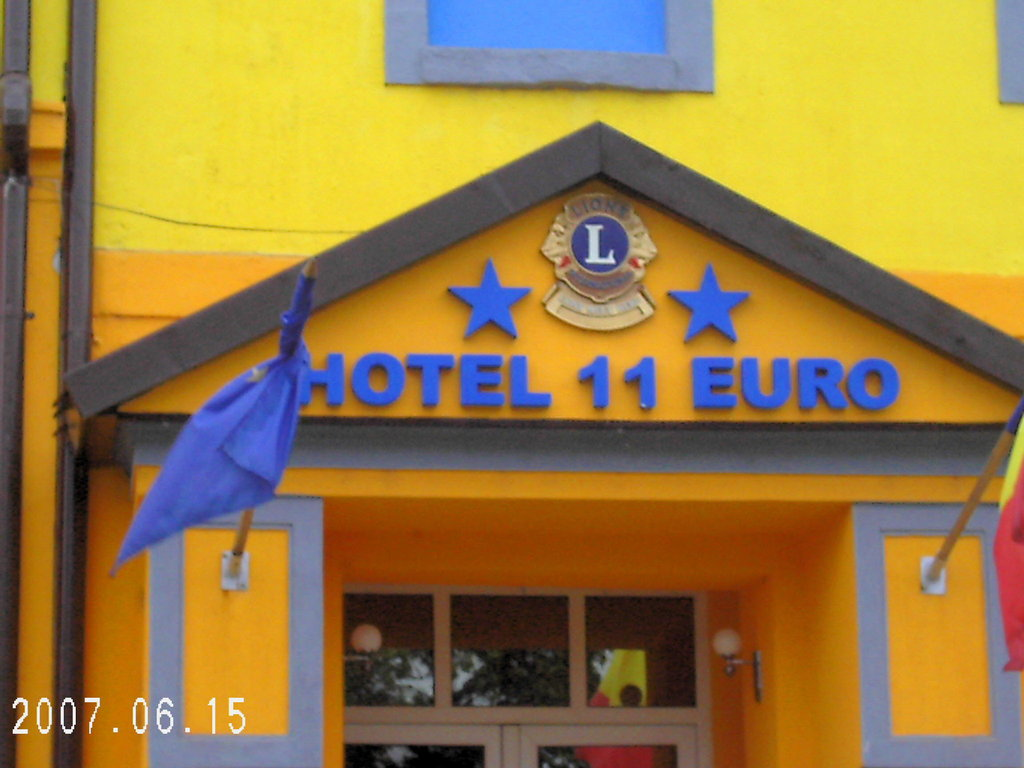 Hotel 11 Euro