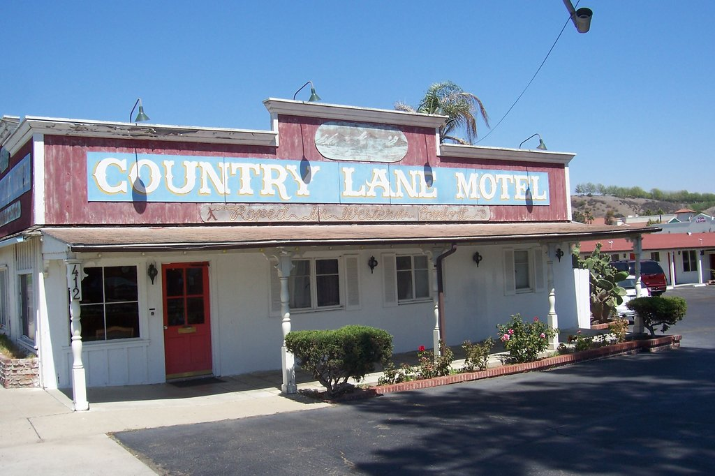 Country Lane Motel
