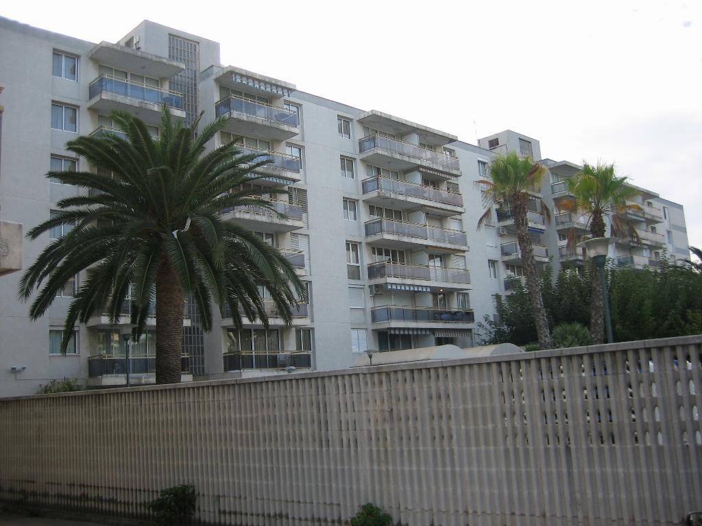 Los Peces Apartments