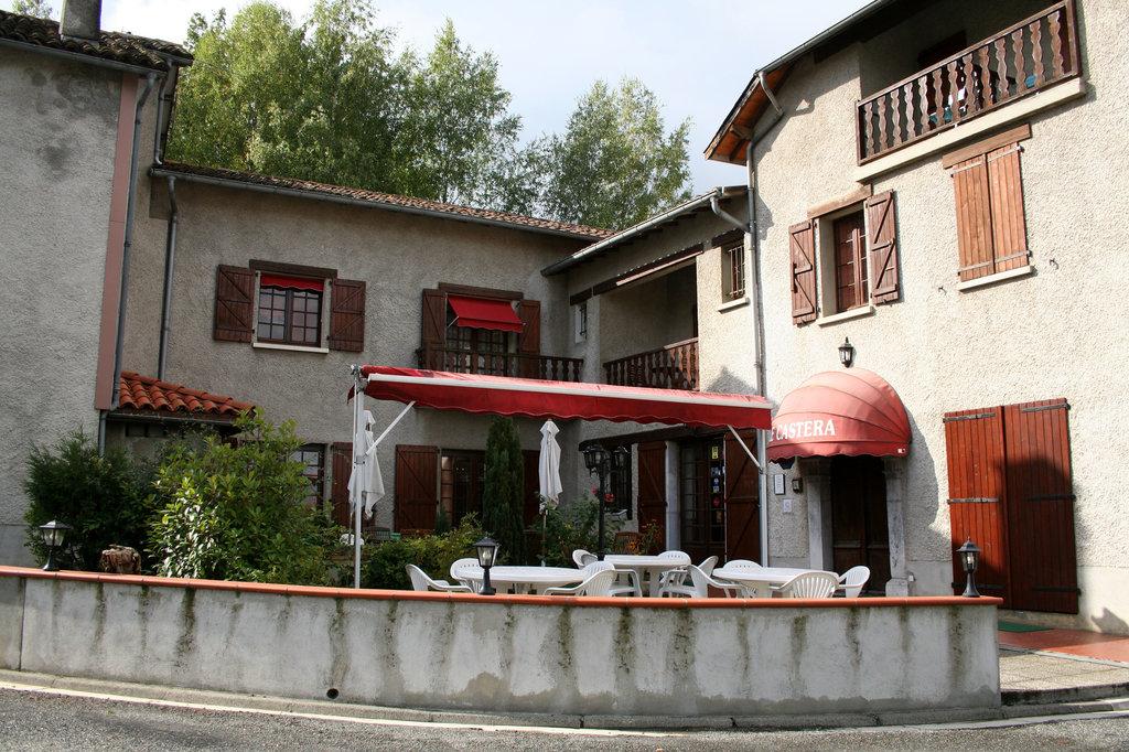 Le Castera Hotel-Restaurant