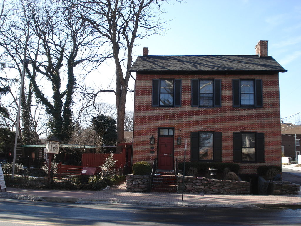 Farnsworth House Inn