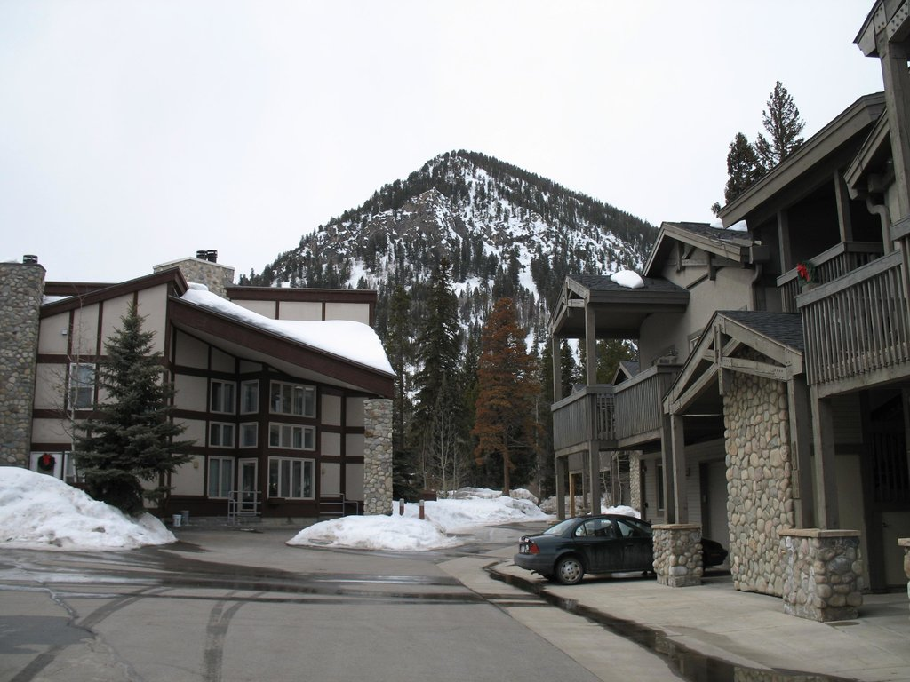 Cross Creek Resort & Conference Center