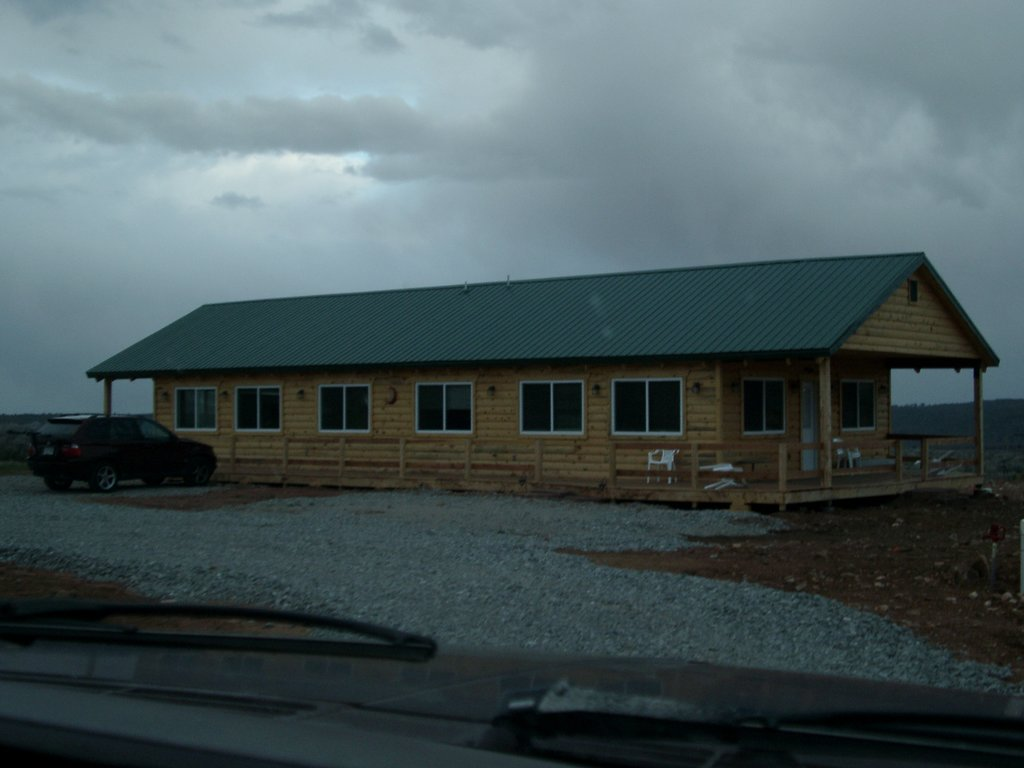 Retreat Lodge & Cabins at Mt. Peale Animal Sanctuary and Healing Center