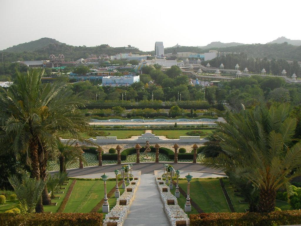 Hyderabad, Bangalore, Chennai-Comparison of 3 cities Hyderabad ramoji film city photos