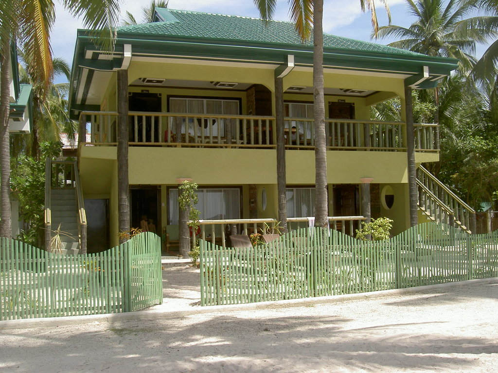 Cocobana Beach Resort