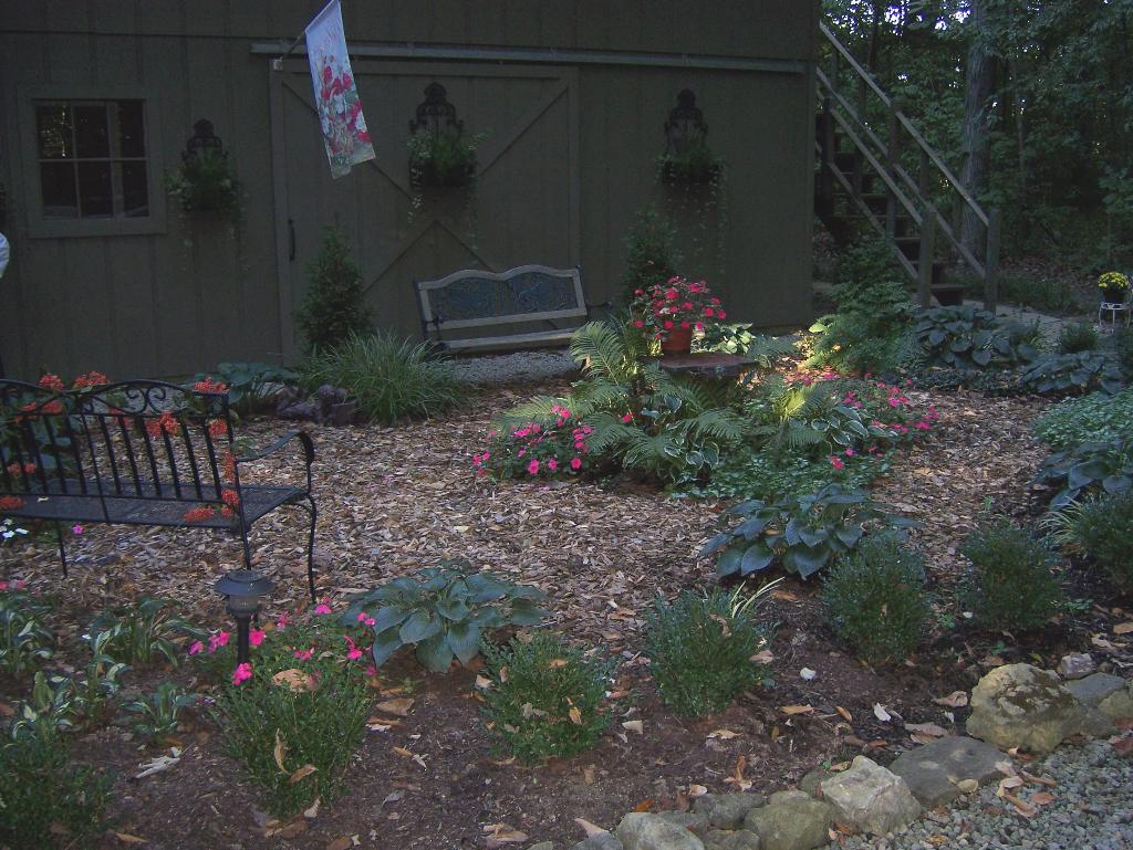 The Wooded Garden Bed & Breakfast