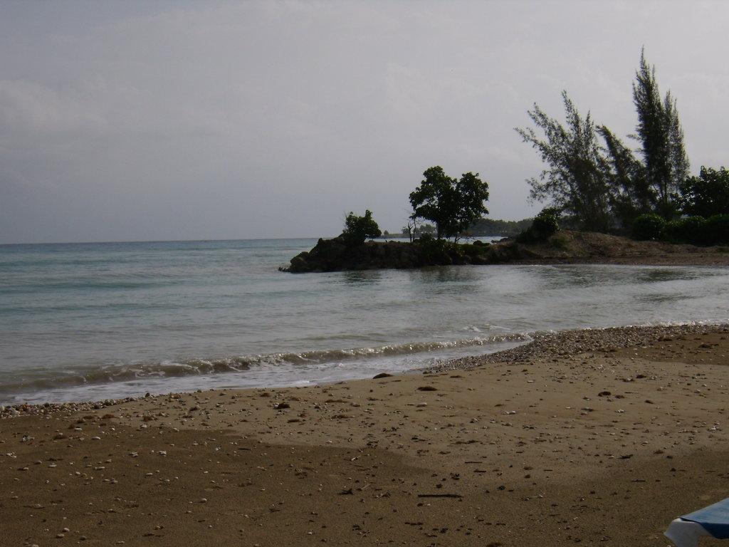 Golden Seas Beach Resort