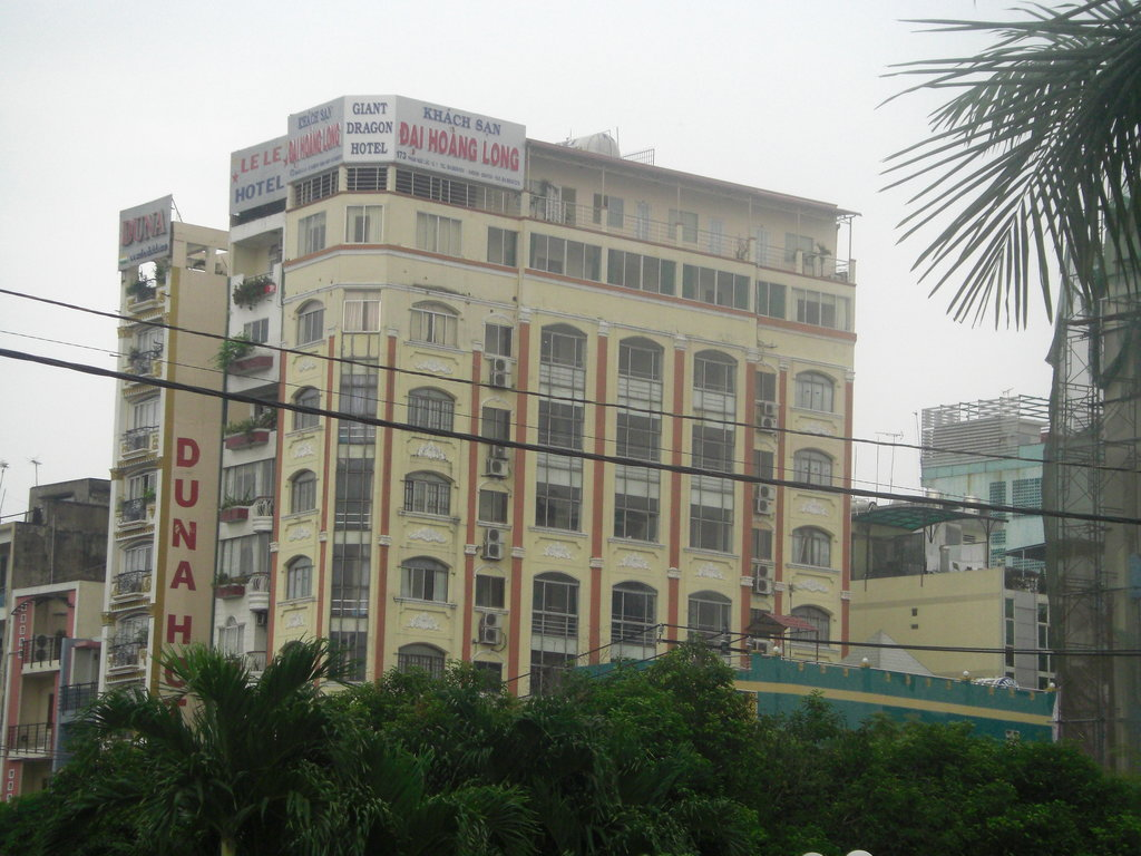 Dragon Palace Hotel