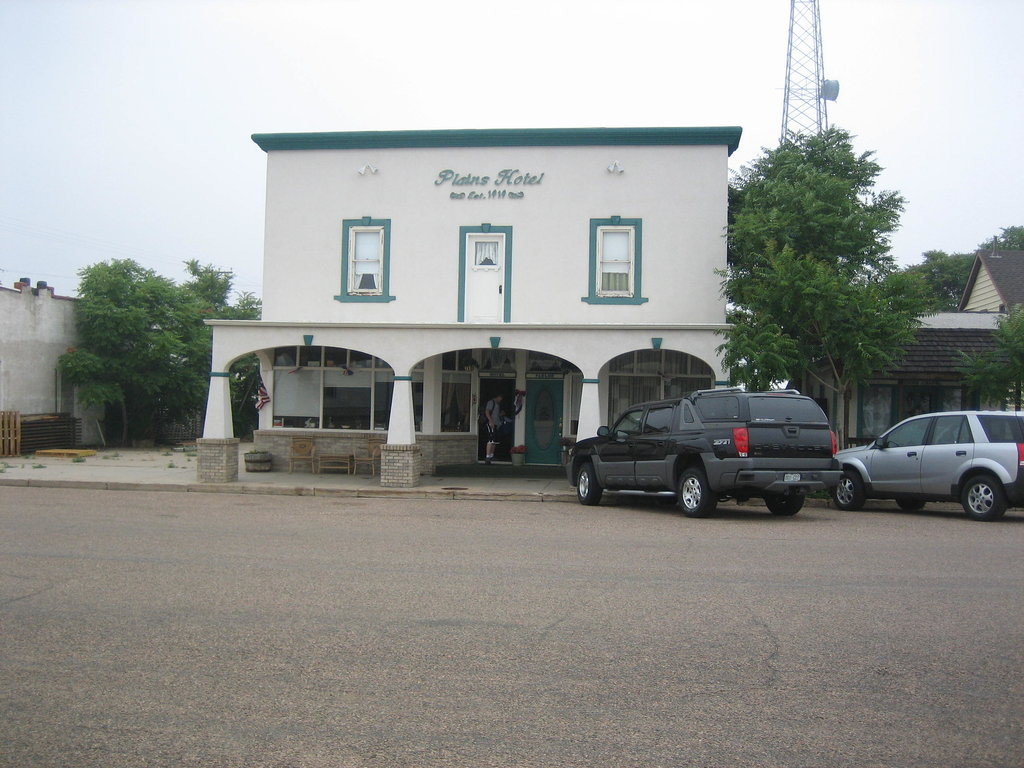 The Plains Hotel