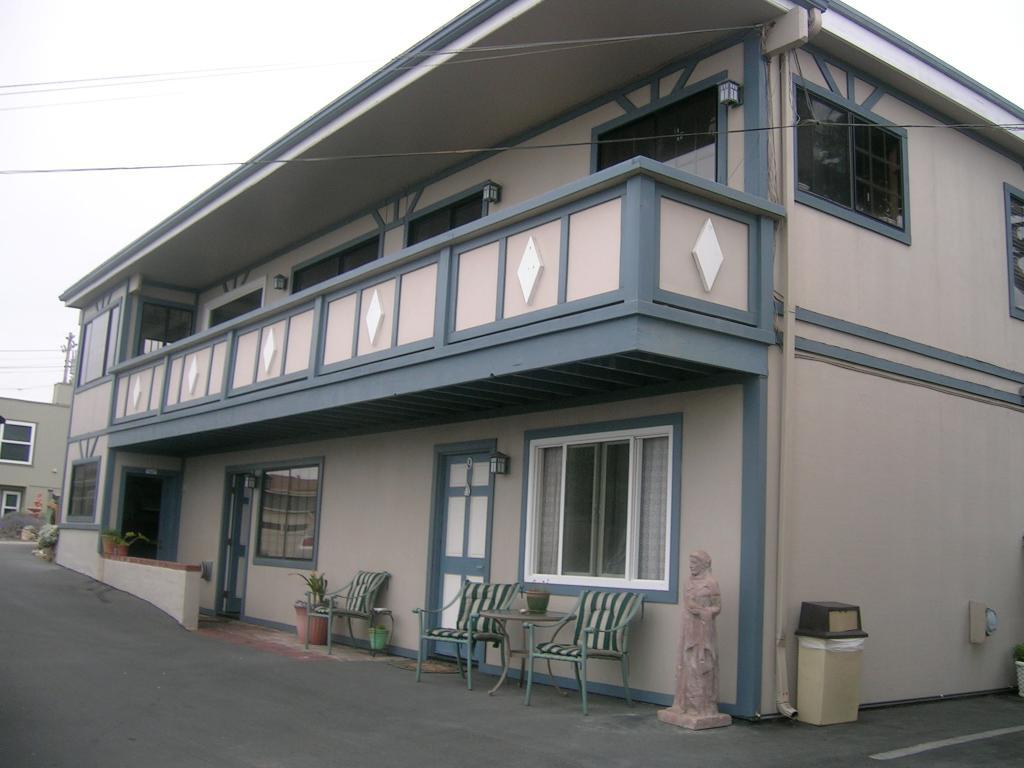 Moonstone Inn