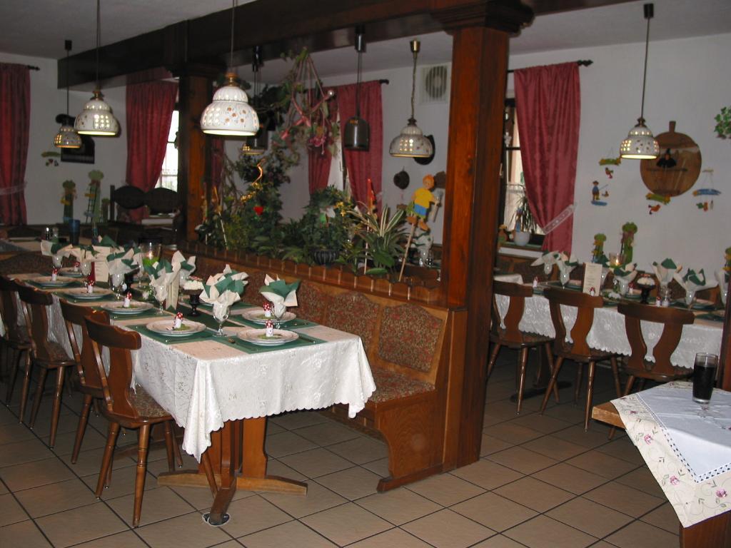 Gaststatte Zur frohlichen Pfalz