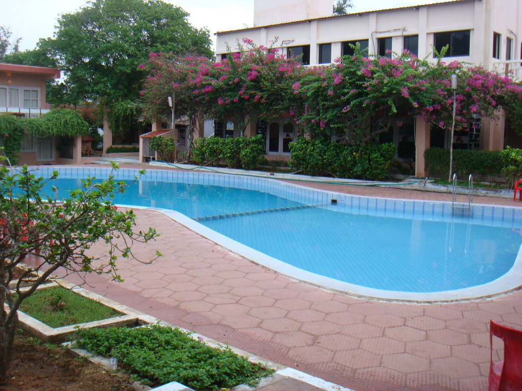 Golden Sun Hotel & Beach Resort