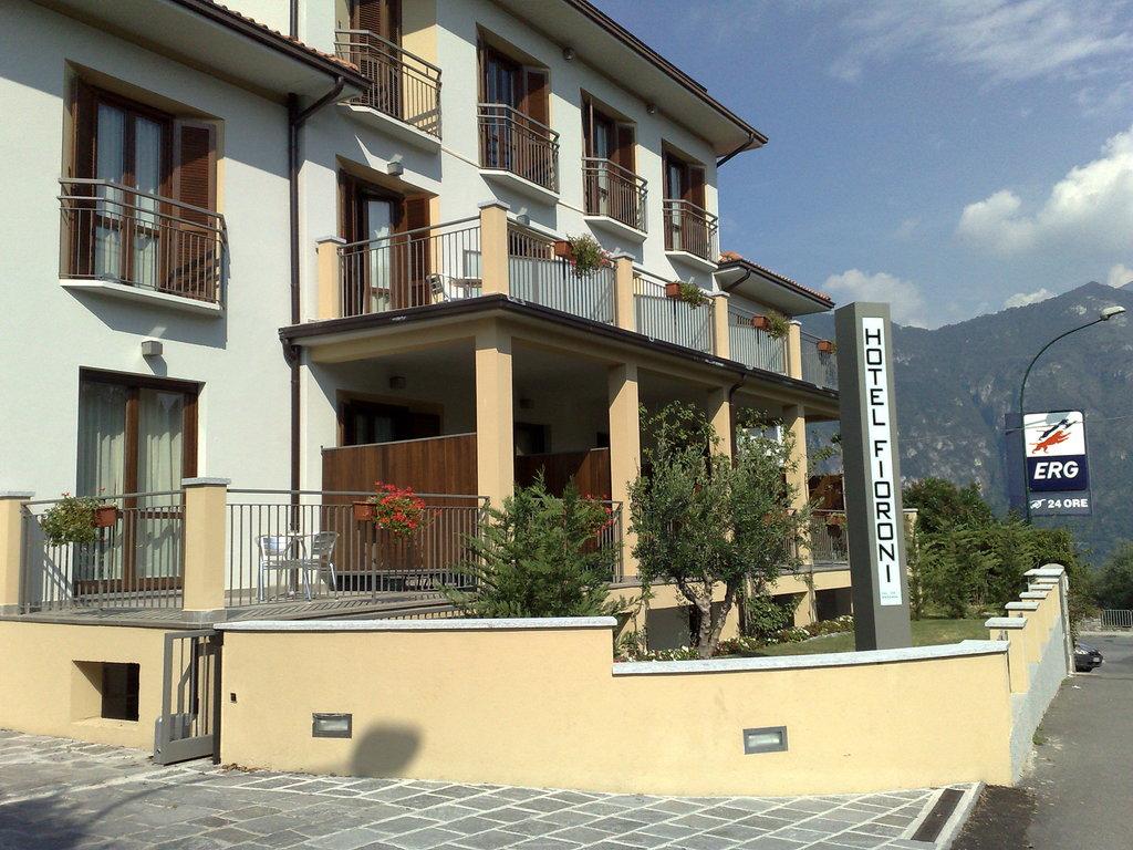 호텔 피오로니