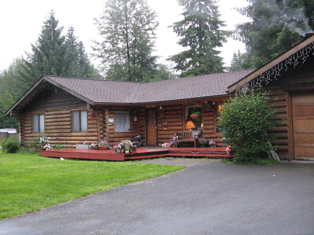 A Cozy Log Bed and Breakfast
