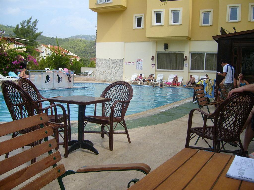 Ladik Park Hotel