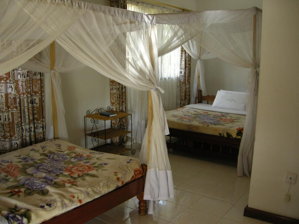 Colobus Mountain Lodge & Campsite