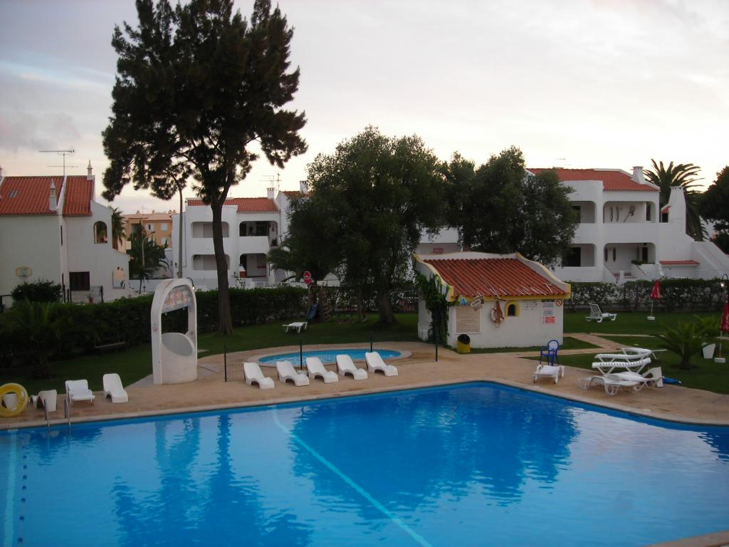 Silchoro Apartments