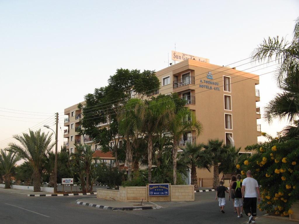 Tsokkos Sun Garden Apartments