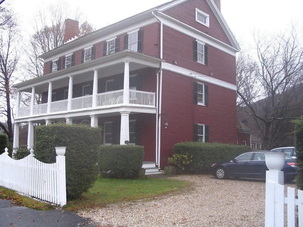 Historic Merrell Inn