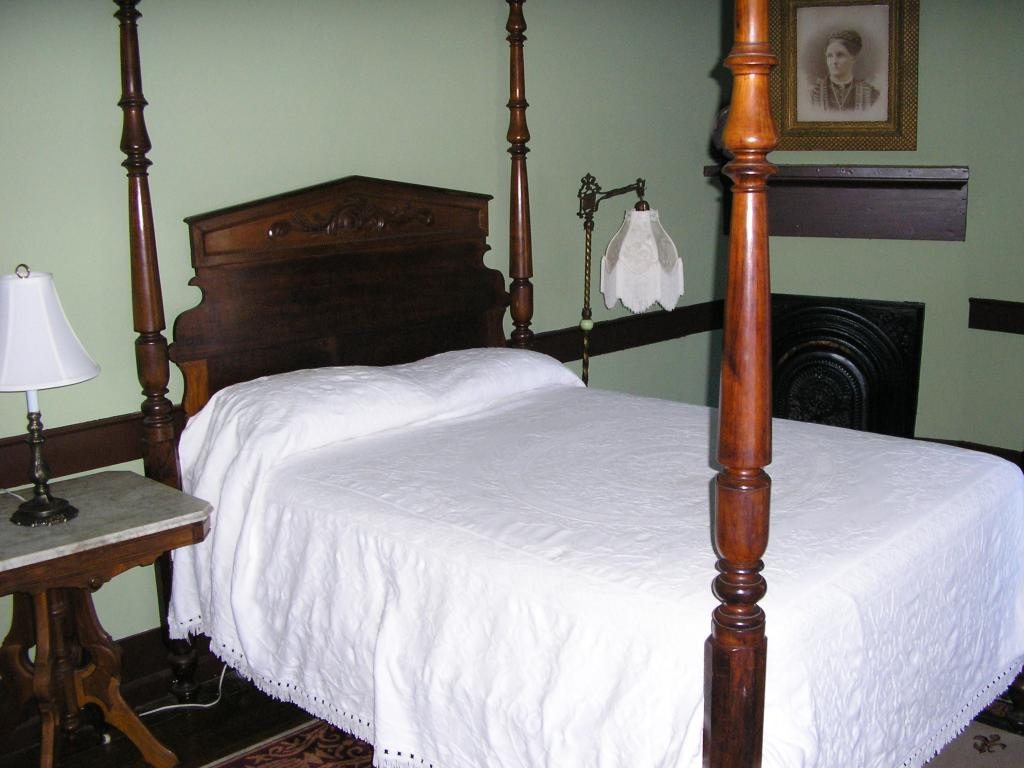 Shaker Tavern Bed and Breakfast