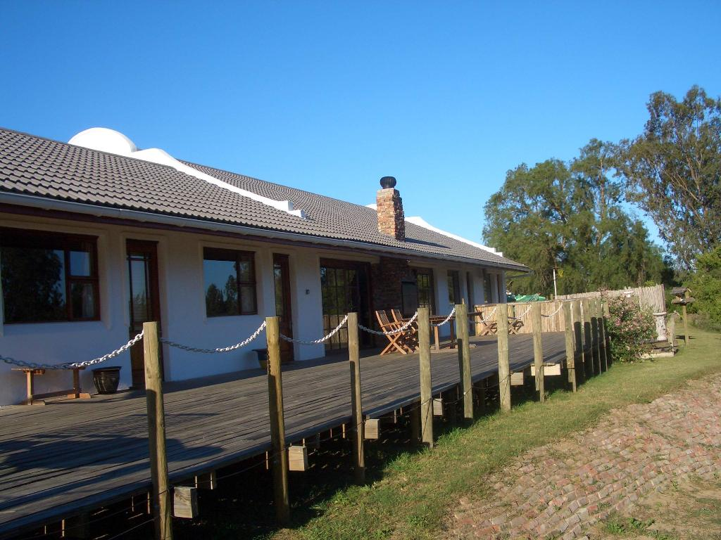 Fish Eagles Lodge
