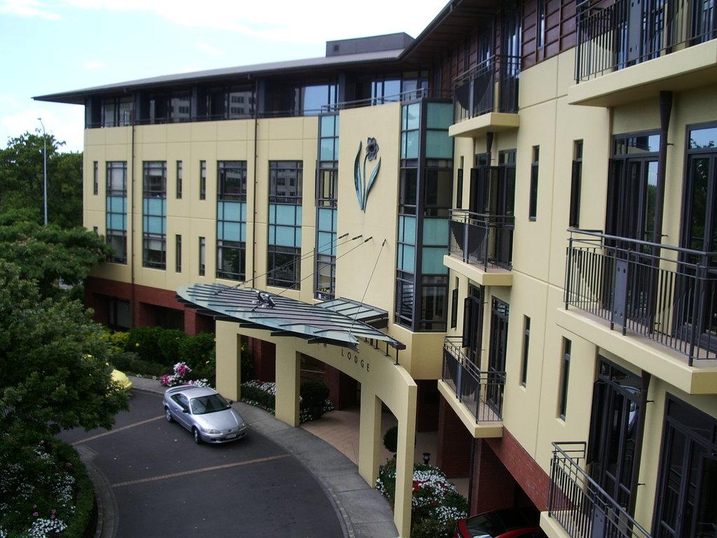 Domain Lodge
