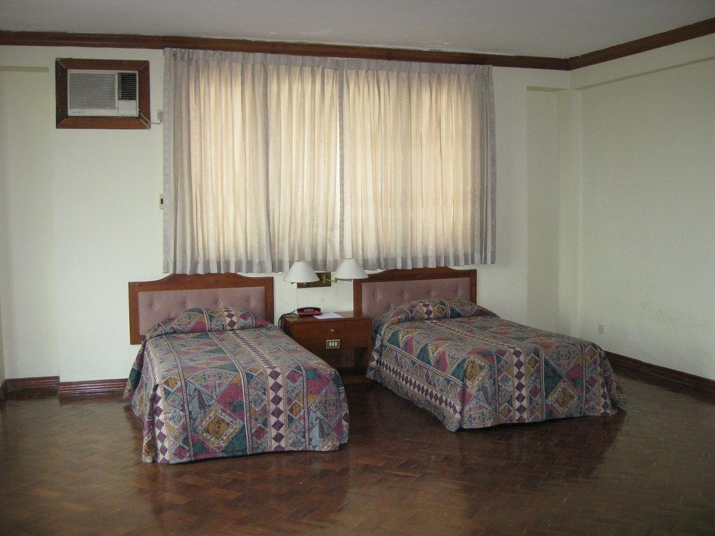 فندق يوزانا