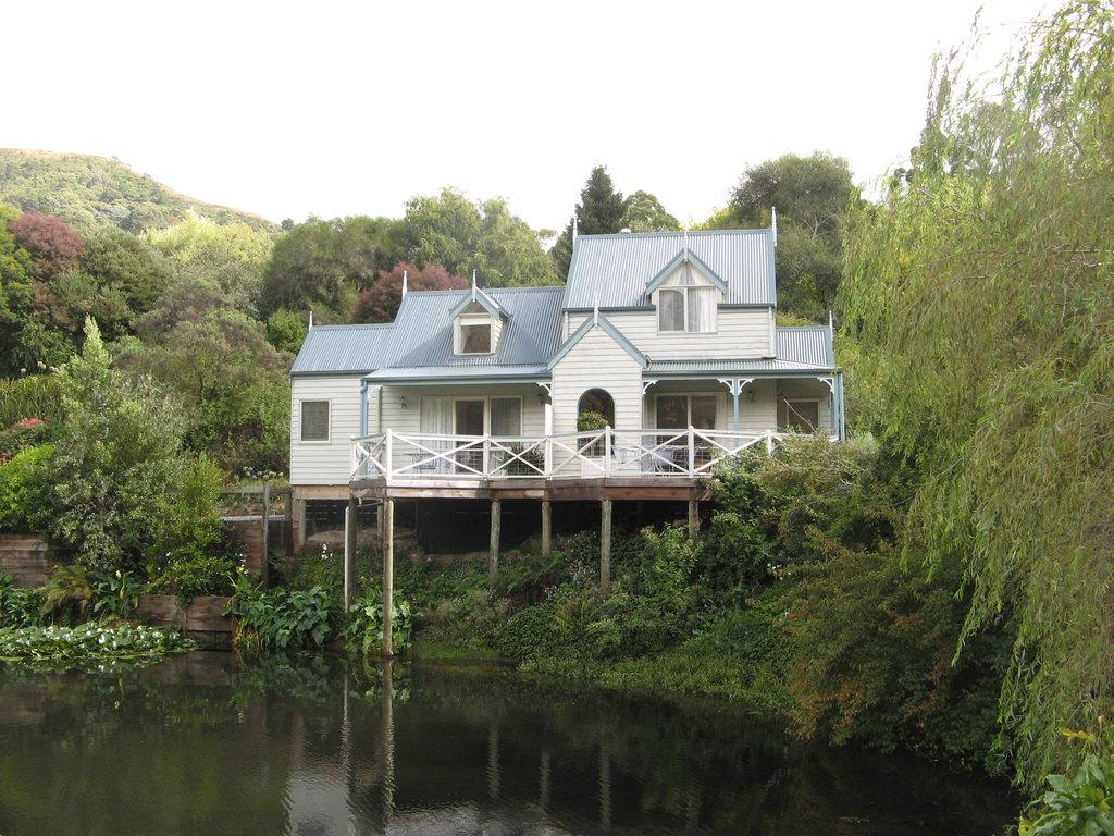 Paradise Gardens Cottages