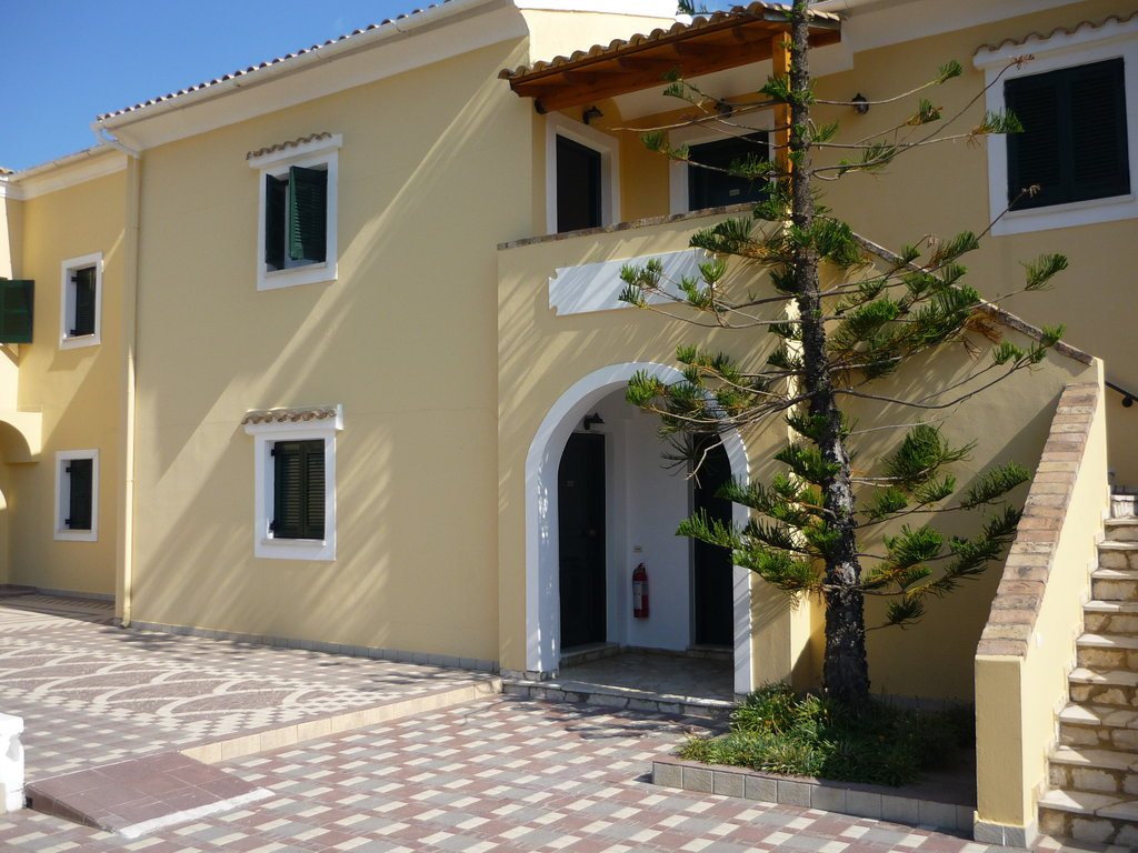 Matoula Apartments