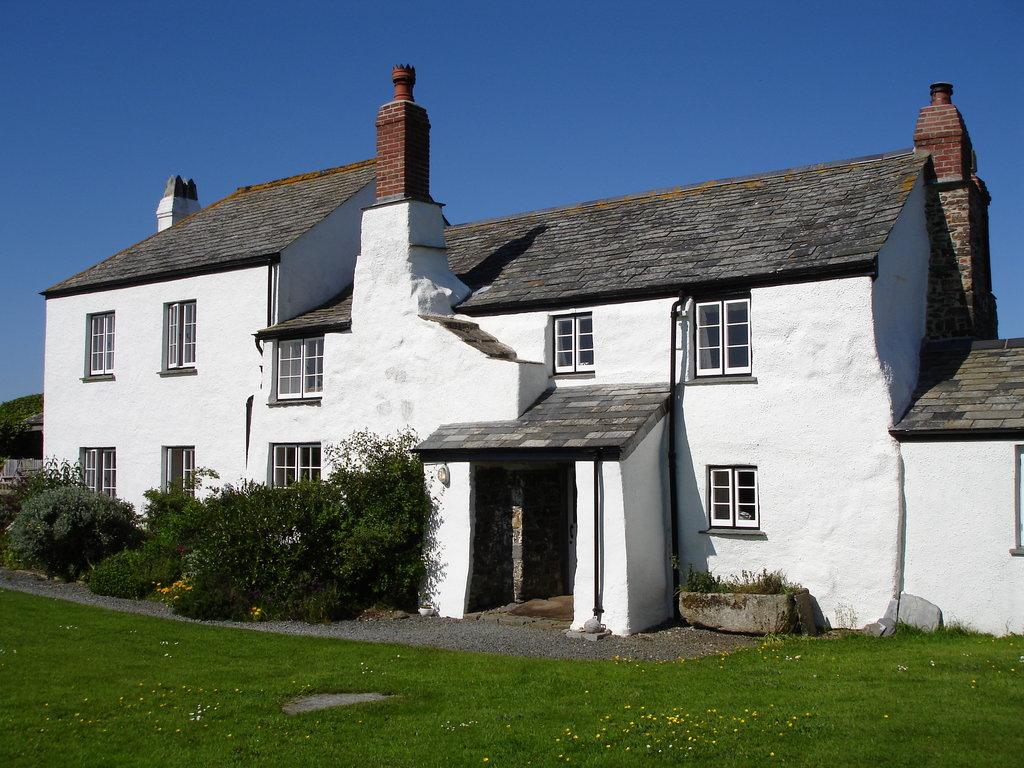 Lower Tresmorn Farm