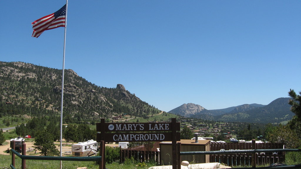 Mary's Lake Campground