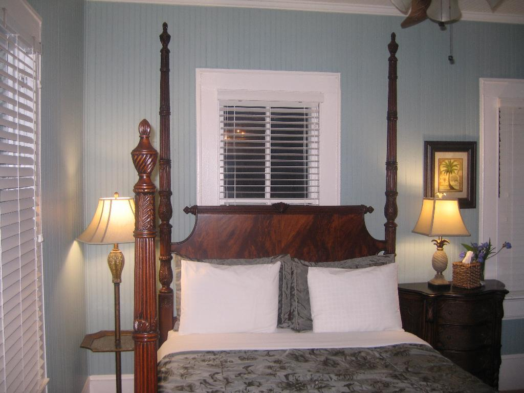 Captains' Quarters Bed and Breakfast