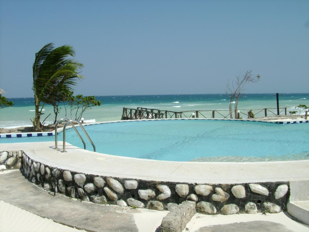 Dolphin Beach Resort
