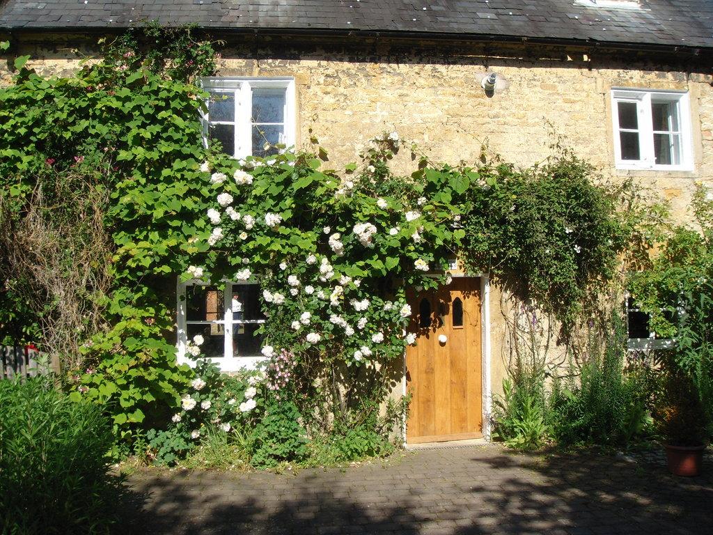Townend Cottage & Coach House