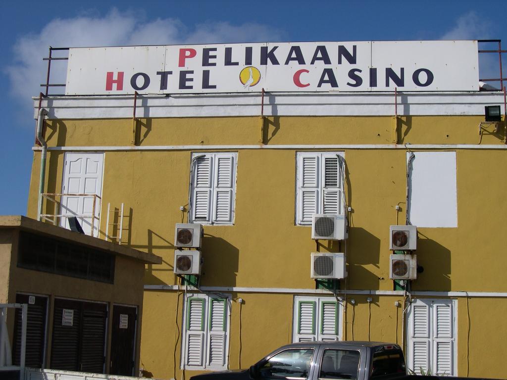 Hotel Pelikaan & Casino