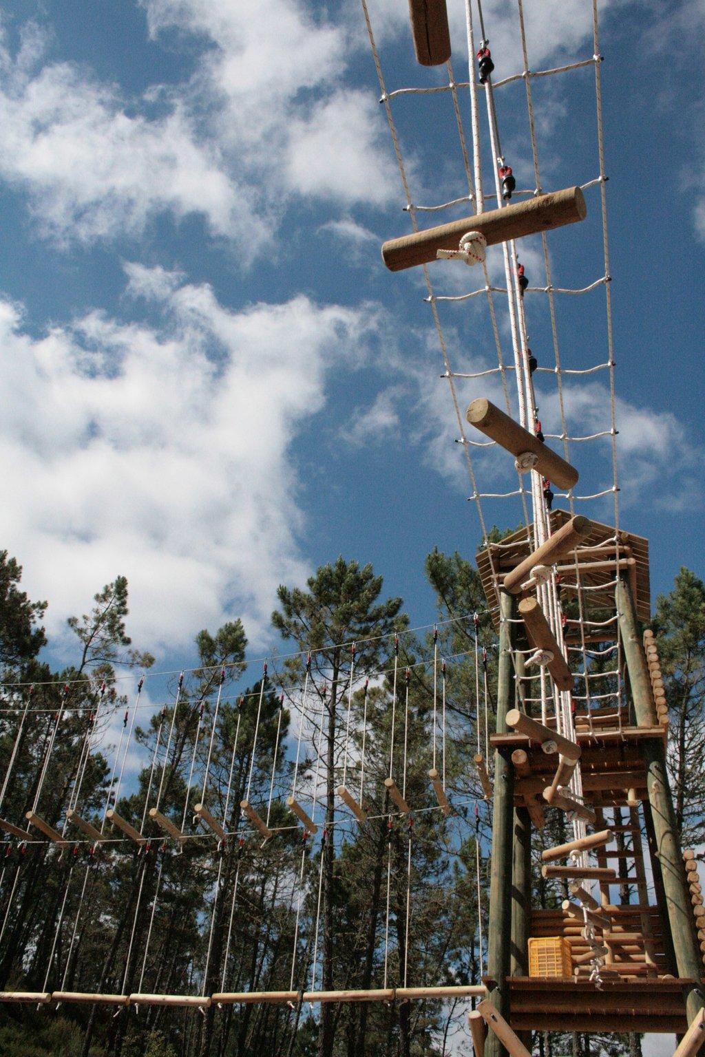 Las torres multiaventura de A Botica do Lazer