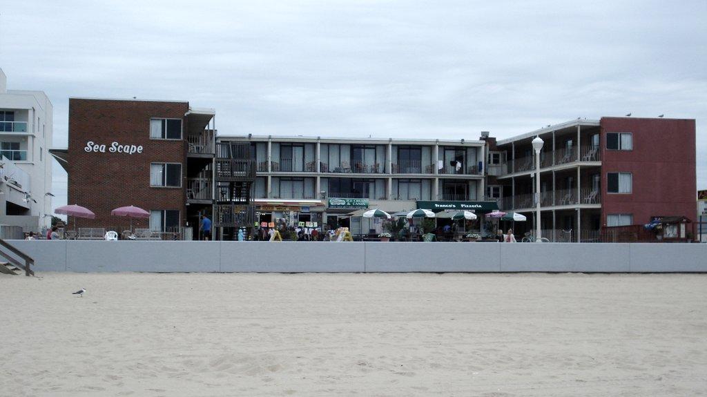 Sea Scape Motel