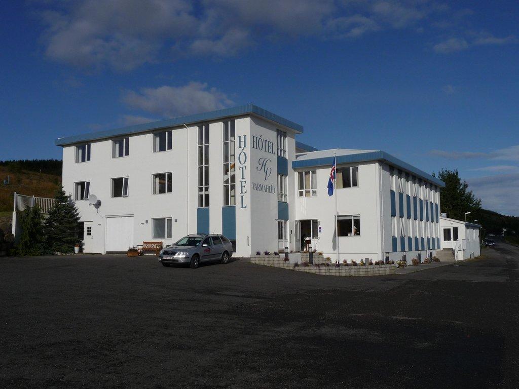 Hotel Varmahlid
