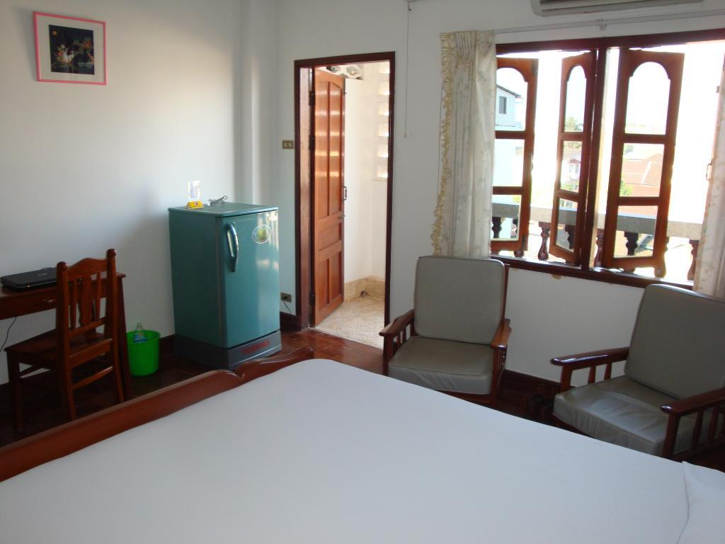 Douang Deuane Hotel