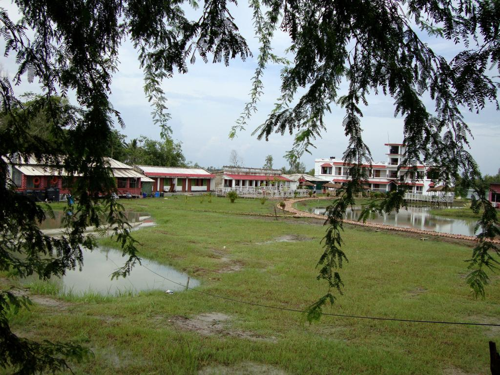 ‪Suranjana Holiday Resorts‬