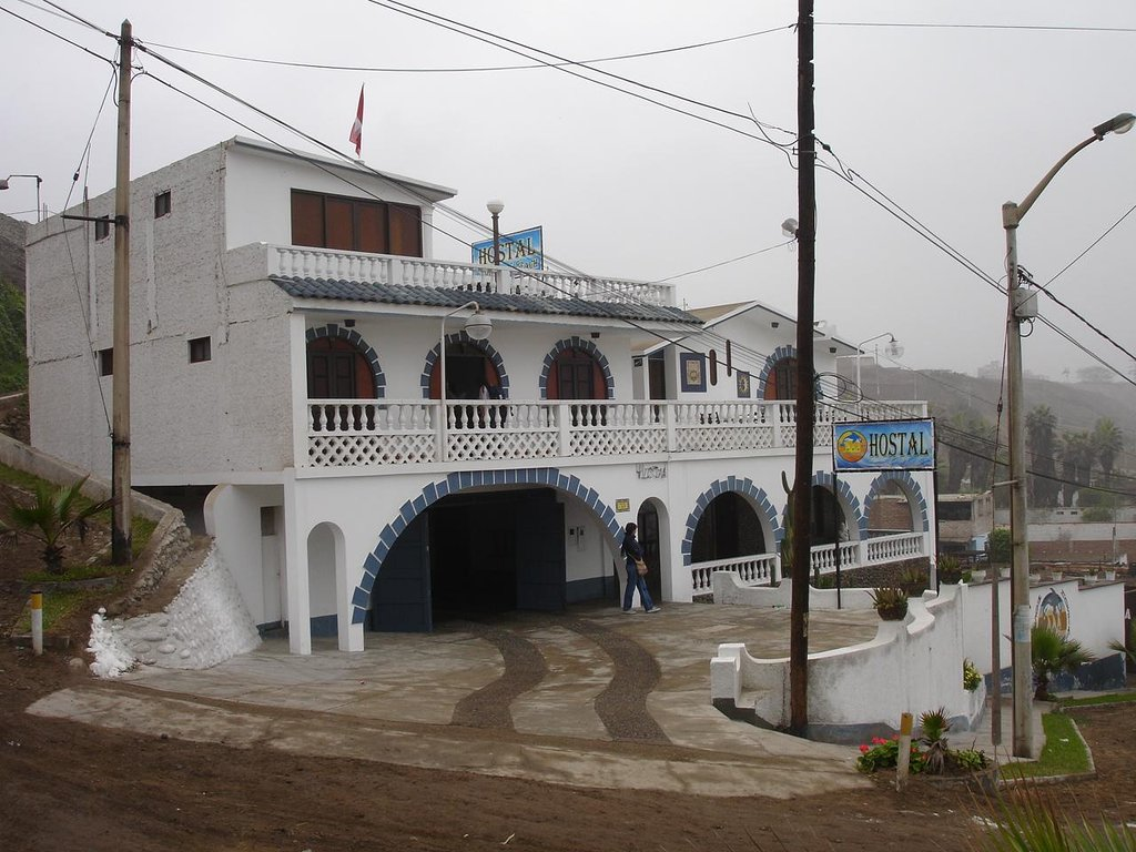 Hostal Chorrillos Beach